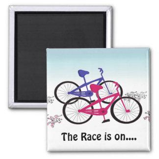 Diseño que compite con de la bici linda imán cuadrado