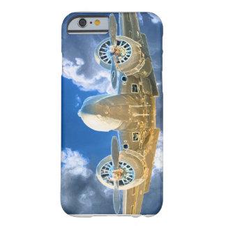 Diseño que vuela del modelo 18 de Beechcraft alto Funda Barely There iPhone 6