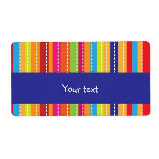 Diseño rayado arco iris etiqueta de envío