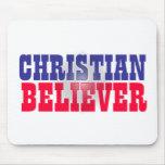 Diseño religioso del creyente cristiano tapetes de ratón