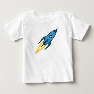 Diseño retro azul y blanco del dibujo animado de playera de bebé