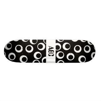 Diseño retro blanco y negro de moda patineta personalizada