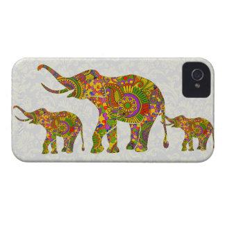 Diseño retro colorido del elefante 4 de la flor iPhone 4 funda