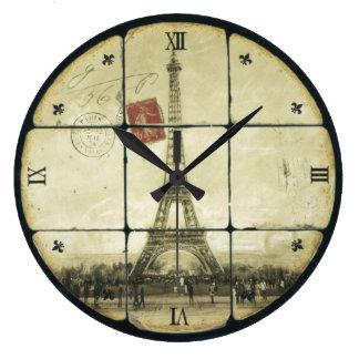 Diseño retro de la flor de lis de la torre Eiffel  Reloj Redondo Grande