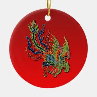 Diseño rico chino del tatuaje del pavo real en adorno navideño redondo de cerámica