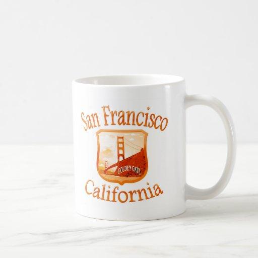 Diseño rojo de San Francisco California Taza Clásica
