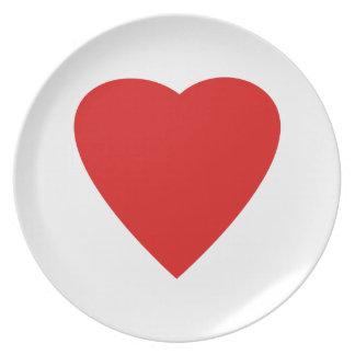 Diseño rojo y blanco del corazón del amor plato de comida