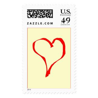 Diseño rojo y poner crema del corazón del amor