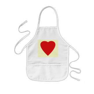 Diseño rojo y poner crema del corazón del amor delantales