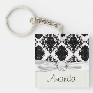 diseño romántico blanco y negro del damasco llavero cuadrado acrílico a doble cara