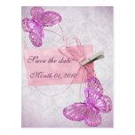Diseño rosado bonito adaptable de la mariposa postales