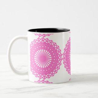 Diseño rosado brillante del modelo del cordón tazas de café