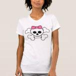 diseño rosado del cráneo del arco camiseta