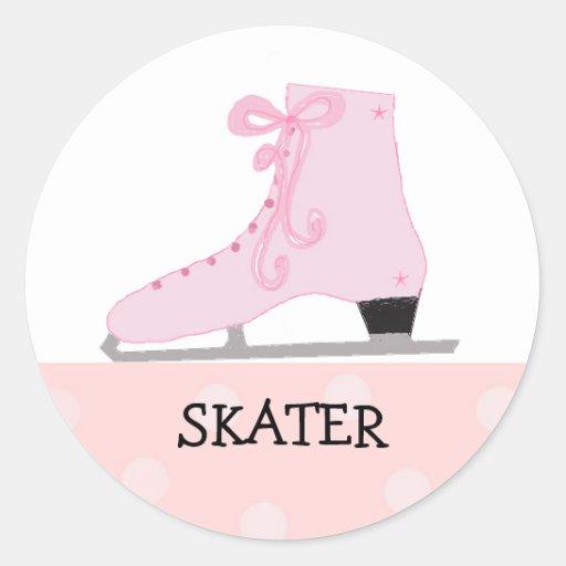 Diseño rosado del patinaje de hielo pegatina redonda