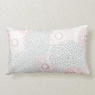 Diseño rosado y gris de la explosión de la flor cojín
