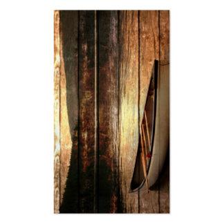Diseño rústico del viaje de la canoa de la montaña tarjetas de visita