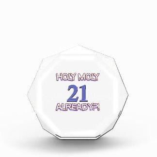 Diseño santo del cumpleaños de Moly 21 ya