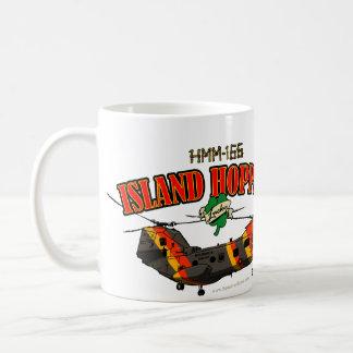 Diseño simple de las tolvas de la isla taza de café