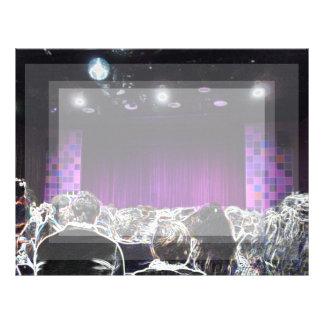 Diseño solarized etapa púrpura del teatro plantilla de membrete