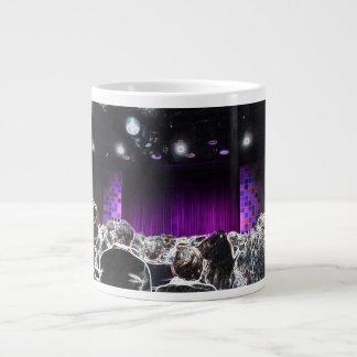 Diseño solarized etapa púrpura del teatro tazas extra grande