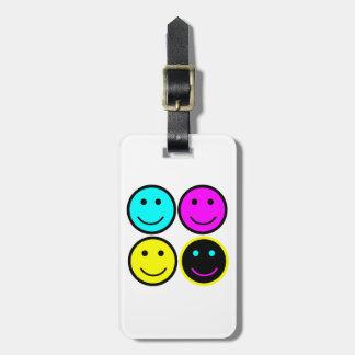 diseño sonriente de la cara del cmyk lindo etiquetas para equipaje