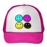 diseño sonriente de la cara del cmyk lindo gorras de camionero