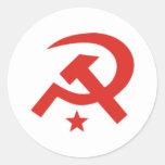 Diseño soviético del martillo y de la hoz etiquetas redondas