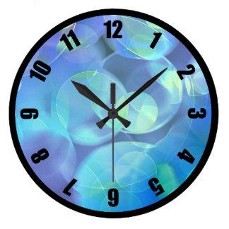 Diseño surrealista del extracto del fractal reloj redondo grande