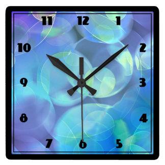 Diseño surrealista del extracto del fractal reloj cuadrado