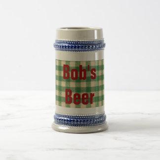 Diseño tablero a cuadros blanco y verde de la tela jarra de cerveza