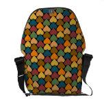Diseño Tessellated del modelo del corazón Bolsa Messenger