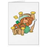 diseño tonto del oso de peluche el dormir tarjeta de felicitación