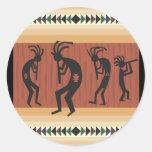 Diseño tribal de Kokopelli Pegatinas Redondas