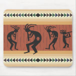 Diseño tribal de Kokopelli Tapete De Ratones