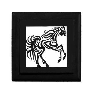 Diseño tribal del caballo del tatuaje cajas de joyas