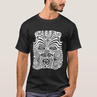 Diseño tribal del tatuaje - Nueva Zelanda maorí Playera
