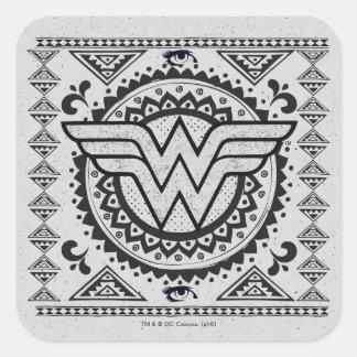 Diseño tribal espiritual de la Mujer Maravilla Pegatina Cuadrada