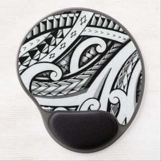 Diseño tribal maorí original del tatuaje con el sh alfombrillas con gel