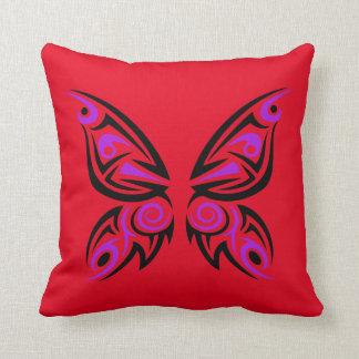 Diseño tribal negro púrpura del tatuaje de la cojin