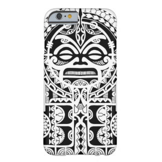 Diseño tribal polinesio del tatuaje con la máscara funda de iPhone 6 barely there