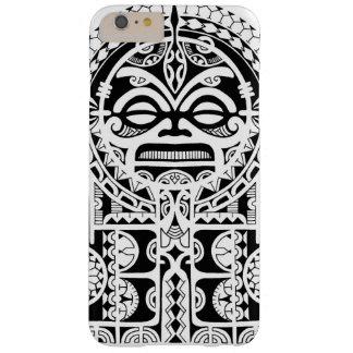 Diseño tribal polinesio del tatuaje con la máscara funda de iPhone 6 plus barely there