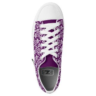 Diseño tribal púrpura de Scrollwork del zapato del Zapatillas