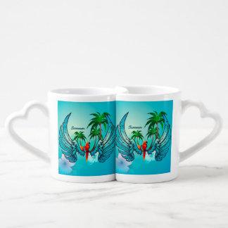 Diseño tropical con el loro y las flores taza para enamorados