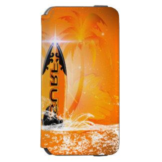 Diseño tropical, tabla hawaiana con la palma funda cartera para iPhone 6 watson