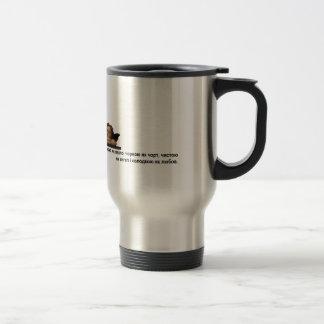 Diseño ucraniano de la taza de café del viaje de