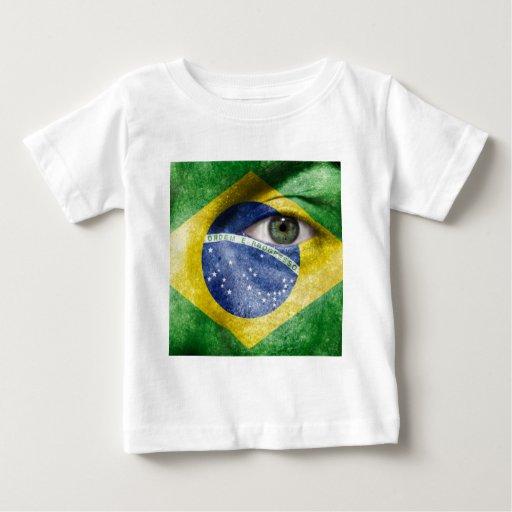 Diseño único de la bandera del Brasil en su regalo Playeras