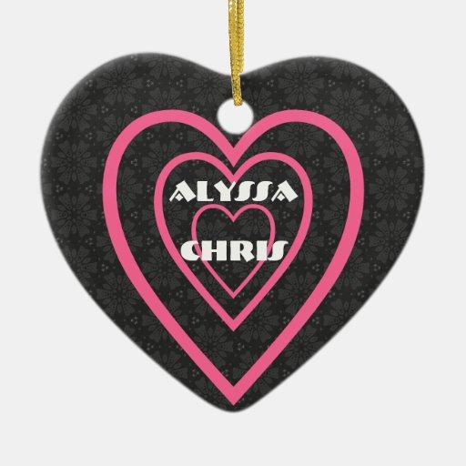 Diseño V005 de los corazones de novia y del novio Adorno Navideño De Cerámica En Forma De Corazón