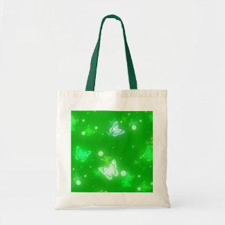Diseño verde claro de las mariposas ligeras del re bolsas de mano