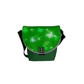 Diseño verde claro de las mariposas ligeras del re bolsas messenger
