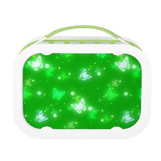 Diseño verde claro de las mariposas ligeras del re